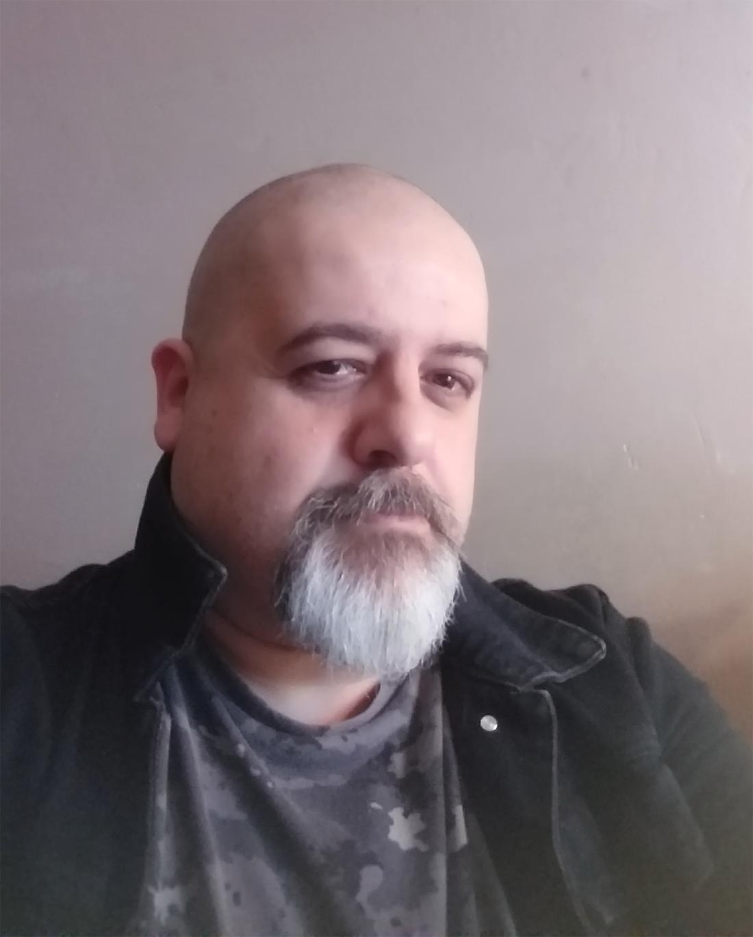 Cyril Durr, relecteur-correcteur de comics et de webtoons.