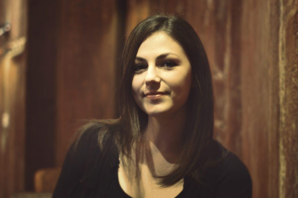 Sarah Grassart, traductrice et lettreuse (Photo : Benjamin Viette) -Makma