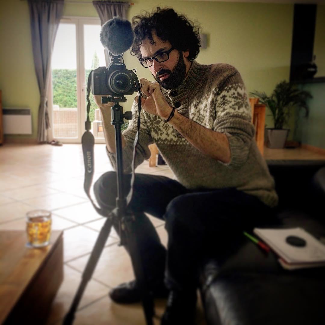 Dominique Clère filme les Makmen en vidéo