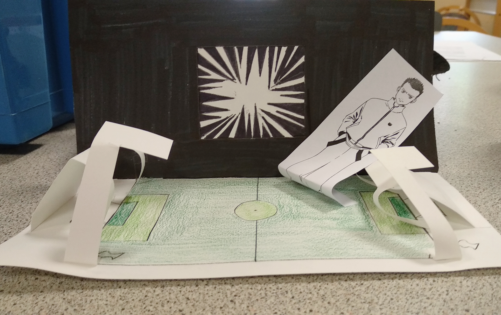 Maquette du manga L'Équipe Z pour un atelier d'écriture.