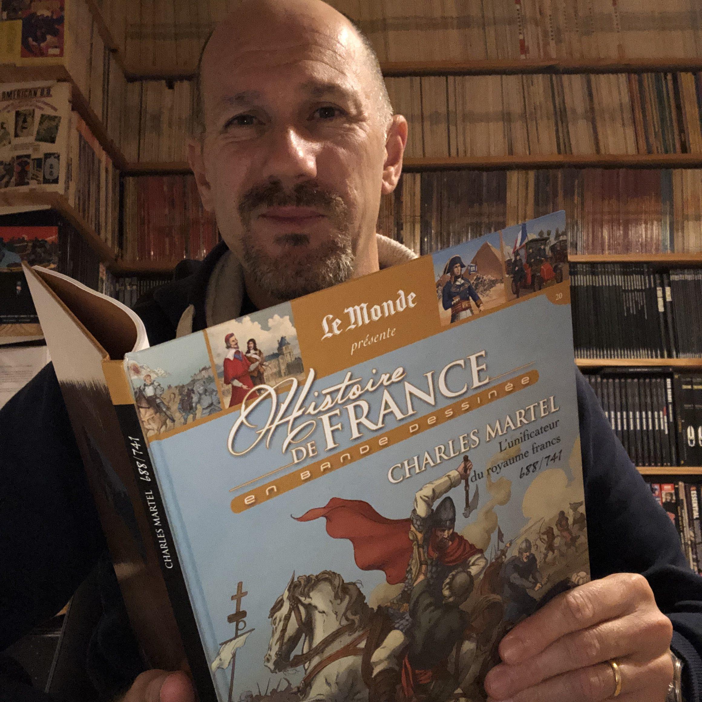 Ed supervise la collection Histoire de France en BD et ça fait une jolie photo pour le questionnaire d'Edmond Tourriol.